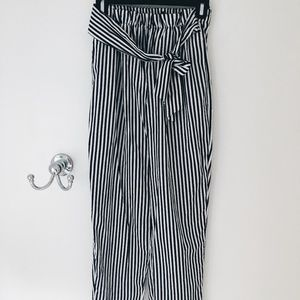 NAVY AND WHITE STRIPED ZARA TROUSERS